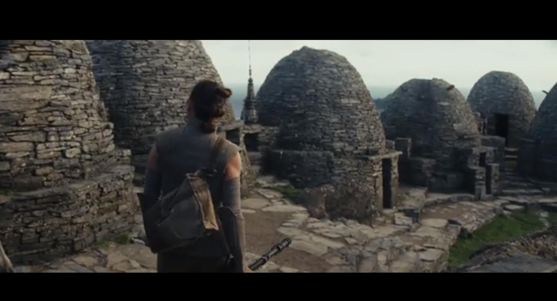 Star Wars in Ceann Sibéal Screenshot from the movie